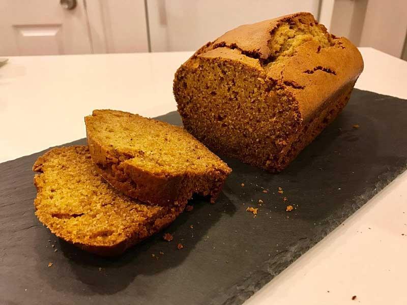 Cómo hacer pan de calabaza para Halloween