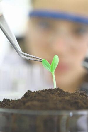 7. Creemos en la investigación como base del conocimiento.